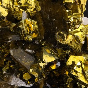 Chalcopyrite with Siderite